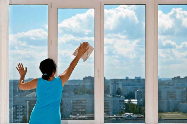 Environmentally Safe Glass Cleaner: Kemsol Green Reflexion, Do You Really Need It? This Will Help You Decide!